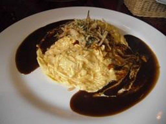 Restaurant Shiro : ランチコース オムライス