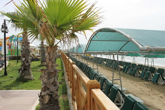 Papillon Belvil Hotel: so close to the sea