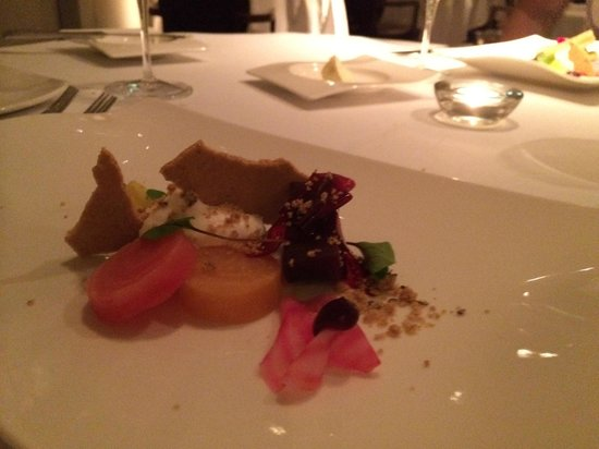 Norton House Hotel & Spa Edinburgh: Beetroot, goats cheese and caraway