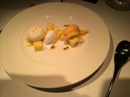 Norton House Hotel & Spa Edinburgh : Coconut meringue