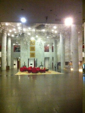 Baiyun International Convention Center: Big Lobby