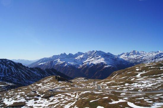 Carretera alpina del Grossglockner: Jeden z wielu widoków jaki oferuje ta trasa