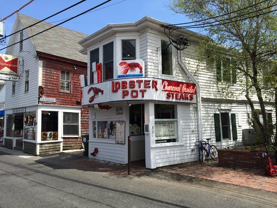 Lobster Pot: Looks like a shack, but don't be fooled!
