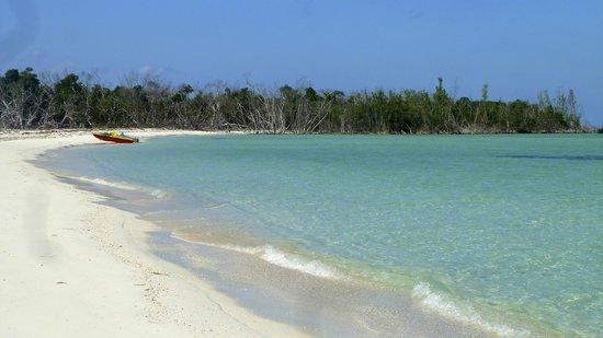 Hotel Cayo Levisa: une plage accessible en pédalo