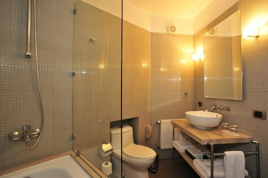 Casa Higueras: Baño Habitación Deluxe
