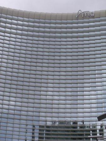 ARIA Resort & Casino : outside hotel