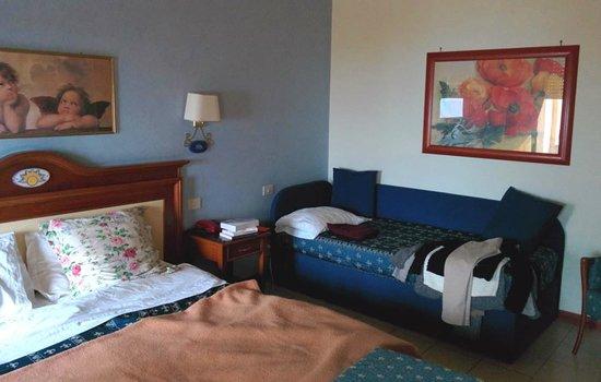 Hotel Riva del Sole : Notre chambre