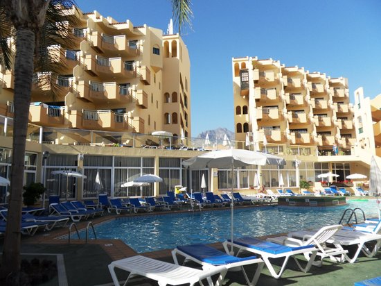 Playa Olid Apartments: view for pool