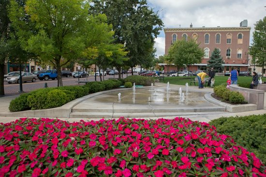 Spring in the Uptown Park, Oxford, OH