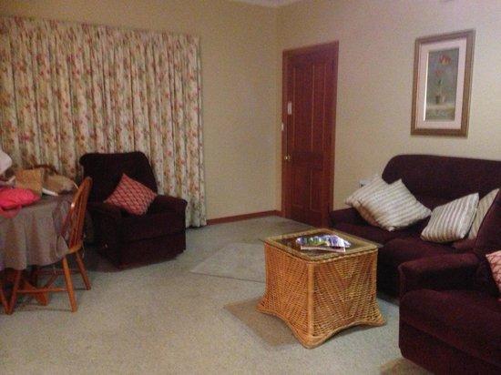 Anabel's of Scottsdale: Lounge Unit 3
