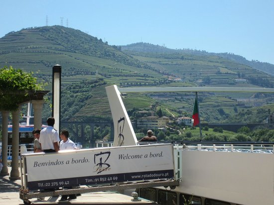 Rota do Douro River Cruise - Day Tours: Getting on board