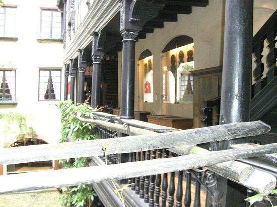 Musée alsacien : The museum courtyard