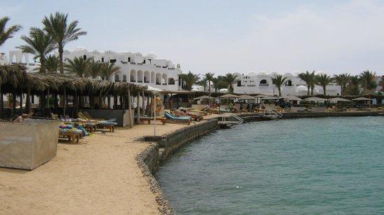 Arabella Azur Resort: Вид на пляж