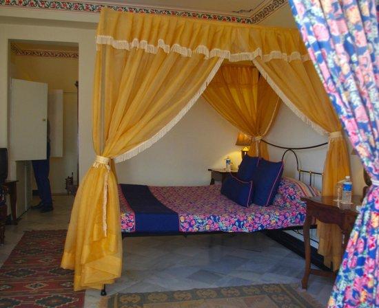 Hotel Udai Kothi : Room