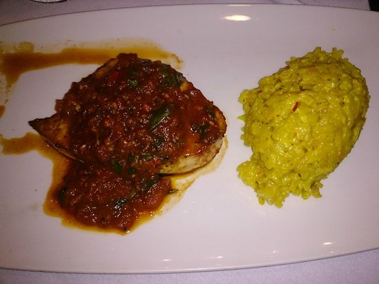 Rosso Restaurant and Bar : Swordfish...very yummy!