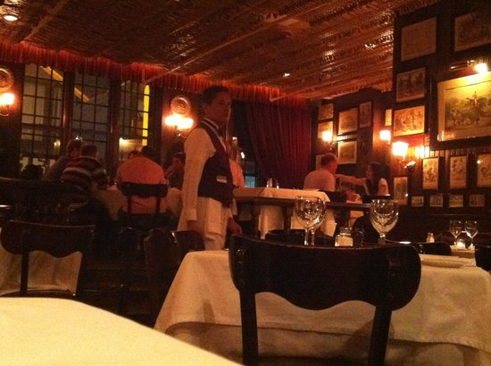 Keens Steakhouse: These waiters...