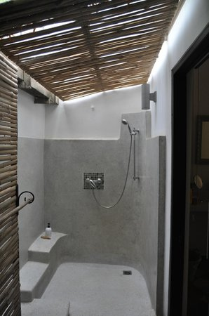 maison557: Our Shower room