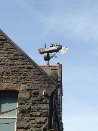 Awesome wind turbine in Mermaid Quay