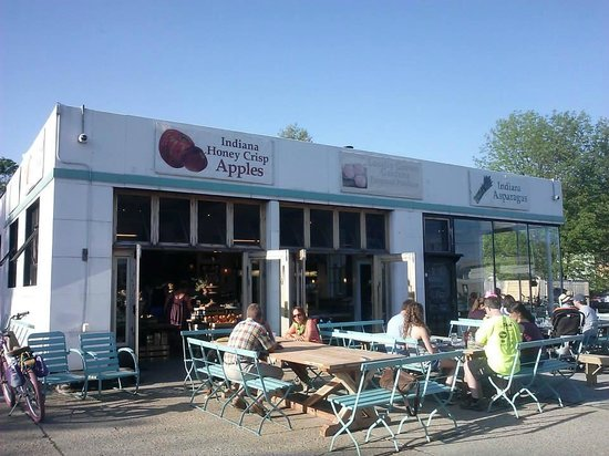 Locally Grown Gardens: Outside seating area