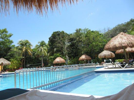 Hotel Riu Lupita: piscina grande