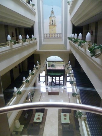 Silken Hotel Ciudad de Vitoria: Desde el ascensor