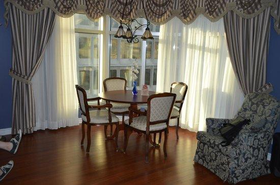 Hotel Palace Royal: Dining Area
