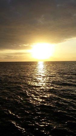 Samsara Cliffs Resort: Sunset watch at Samsara