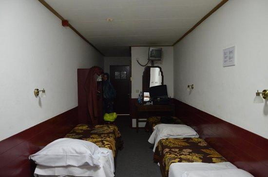 Hotel Ben: Fossimo stati in 5 sarebbe stata dura muoversi ma in 3, ok