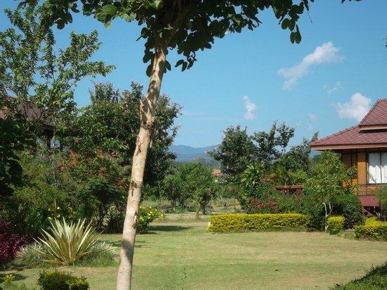 Baan Krating Pai Hotel: Petite maison dans la verdure :)