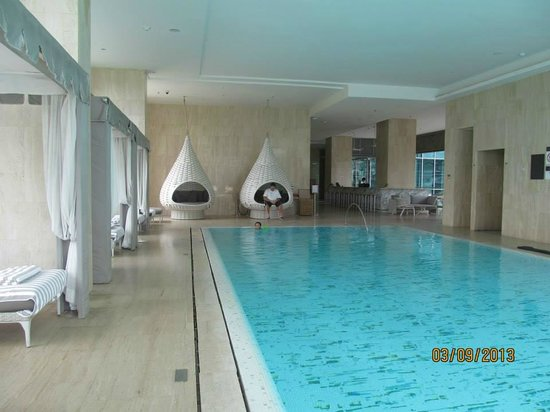 Oriental Residence Bangkok: Large Luxury Pool