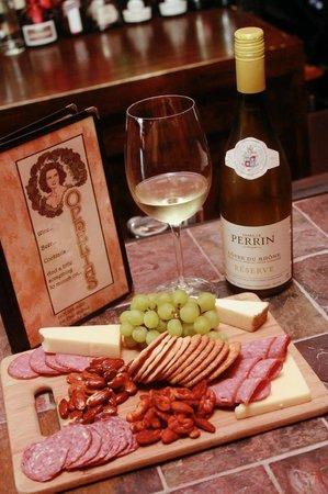 Ophelia's Tapas & Wine Bar: Great Wine, Great Food
