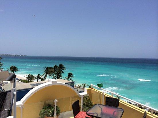 Ocean Two Resort & Residences: Rooftop Terrace View