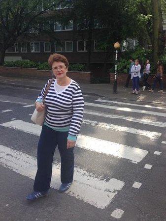 Abbey Road : A famosa rua dos Beatles