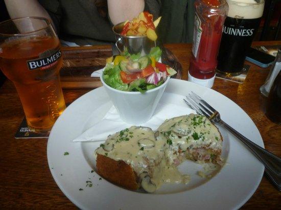 The Laurels Pub: Potato Cakes