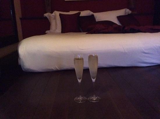 Zazen Boutique Resort & Spa : champagne anyone?
