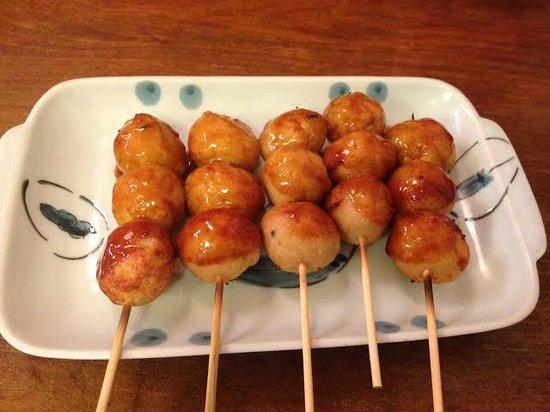 Hippari dako : chicken dumpling yaki!