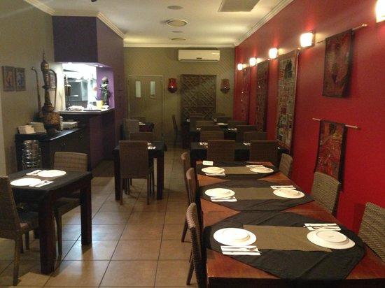 Sitar Indian Restaurant: sitar indian