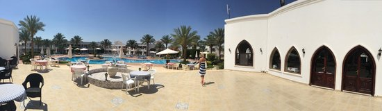 Viva Sharm Hotel : view looking out from reception