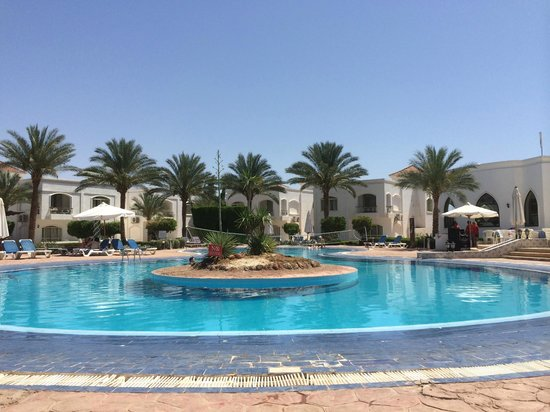 Viva Sharm Hotel : One of the two pools available