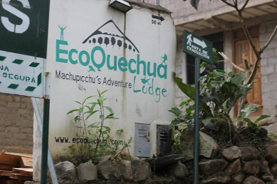 Eco Quechua Lodge: Signage from Street