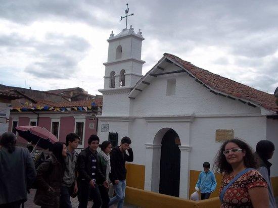 Plaza Del Chorro Del Quevedo: Igrejinha
