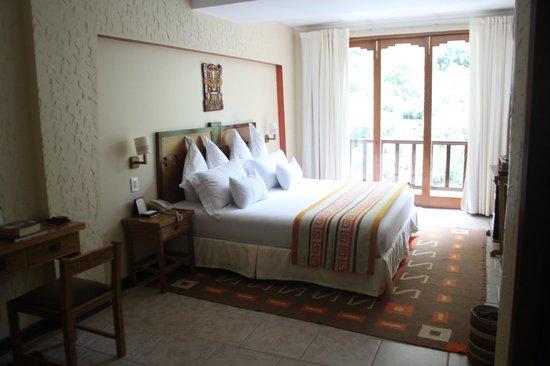 SUMAQ Machu Picchu Hotel: Energética, linda habitación.