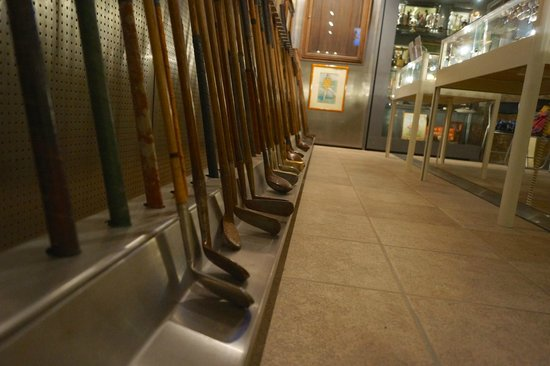 Golf Museum : guaranteed to give you 300 yard drives