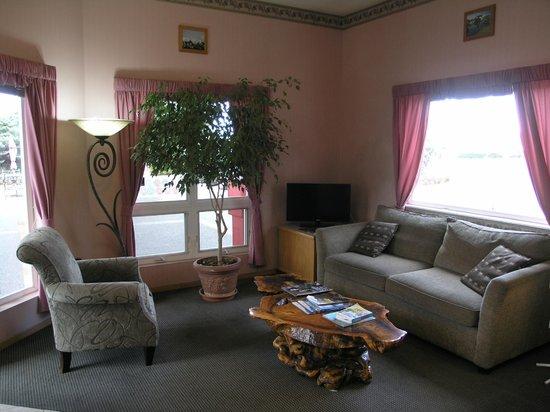 Econo Lodge Sequim: Lobby