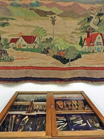 Hooked Rug Museum of North America: Hook Collection in Quebec/Ontario Gallery