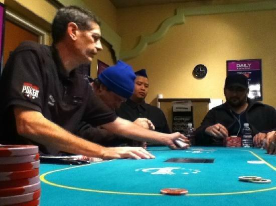Harrah's Laughlin: Harrah's Poker room dealer