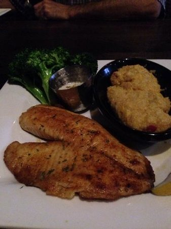 Peter D's: Wonderful talapia with citrus beurre blanc sauce, broccoli and cheesy quinoa.  Delicious!!!!