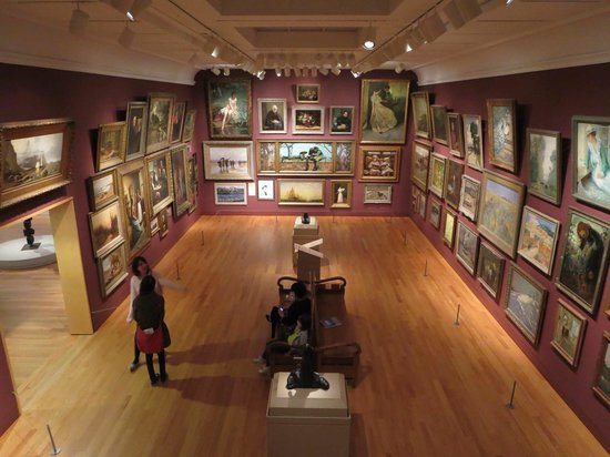 The AGO, Art Gallery of Ontario: Salon style gallery