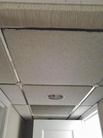 Resorts Casino Hotel: ceiling in rm 345