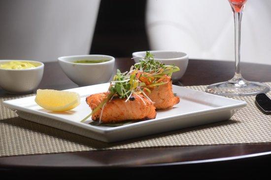IC Lounge: Tandoori Salmon